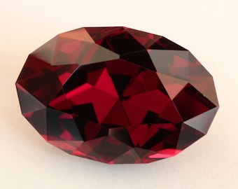 8.16 Carat Rhodolite Garnet Gemstone Umba Valley Tanzania Precision Cut Gem