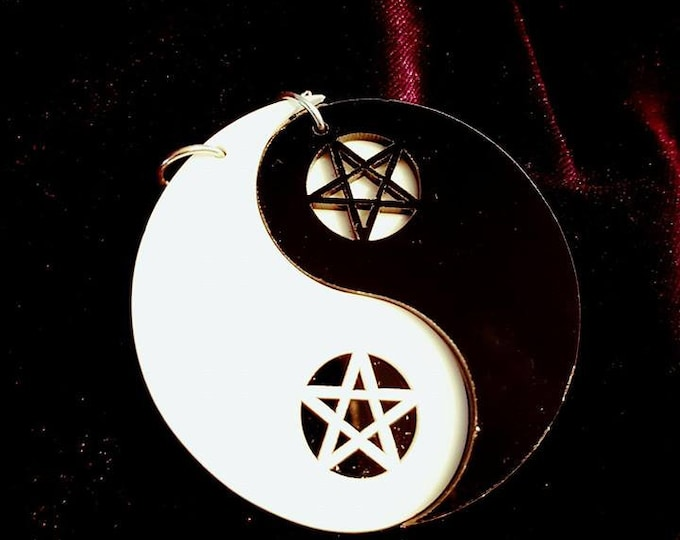 Yin Yang Pentagram Earstuds - gothic goth duality oneness earrings inverted pentagram black and white balance