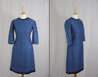 1960s Blue Floral Lace Wiggle Dress * Size Small