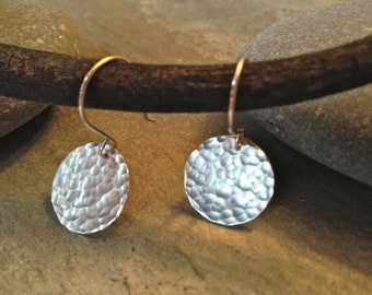 Hammered silver earrings - round silver disc earrings