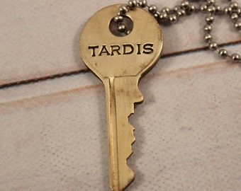 TARDIS KEY - Doctor Who - Whovian necklace