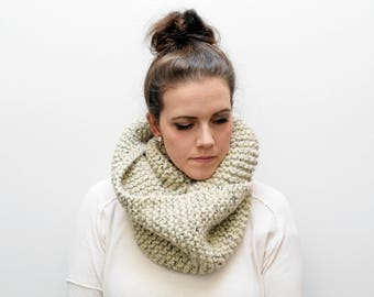 Willow Infinity Scarf | Oatmeal