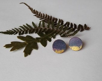 Wood Hand Painted Circle Stud Earrings in Soft Purple and Gold (12mm diameter)