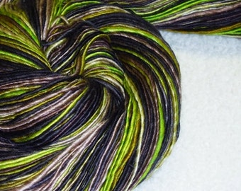 Grapevine - Handspun - 268 yds - Luxury - Fingering Weight - Knitting - Crochet - Tatting - Weaving - Fiber Arts - Mixed Media