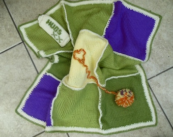 Luxury Pet Gift Cute Cat Hand Knitted Green Blanket Patchwork Blanket Pet Accessory /  Kitten Bed / Cat Blanket Cat Gift