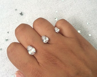 Double finger ring, floating ring, sterling silver, CZ stones, rhodium plated, one size, two finger ring