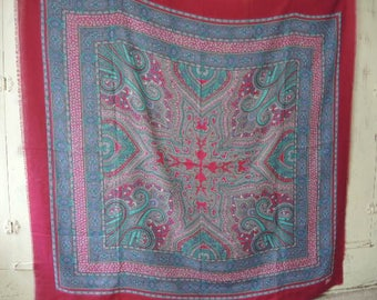 vintage oversized scarf mulberry paisley extra large  47 x 48 inches