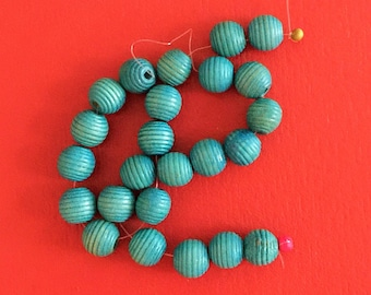 22 wood Beads Turquoise round beads ribbed texture Blue Beads