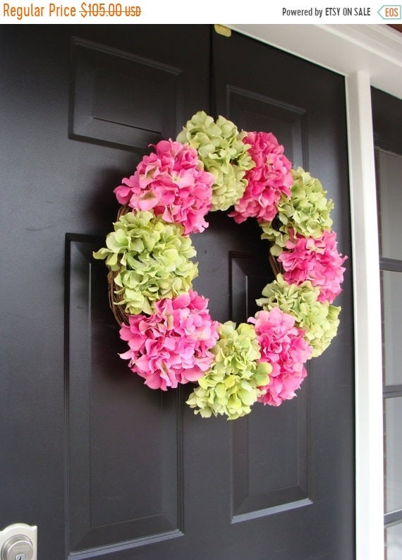 SPRING WREATH SALE Hydrangea Spring Wreath- Summer Wreaths- Spring Hydrangeas- Custom Hydrangea Wreath- Door Wreath