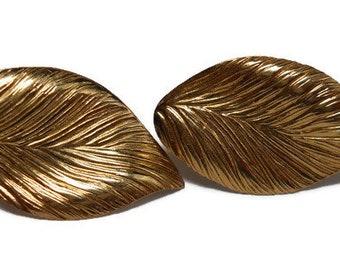 Vintage 14K Gold Etched Leaf Pierced Earrings