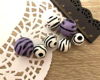 50 x Zebra Pearls in lilac or white plastic-zebra plastic Acrylic beads (choose color)