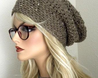 Tuque classique, Slouch Hat femmes, Tweed marron, chapeau d'hiver, tendance de la mode, accessoire de l'hiver pour femmes, bonnet marron moyen, d'automne