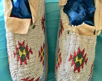 "Vintage Handmade by Native American Indians 9"" Moccasins, Fully Seed Beaded, Deerskin Leather"