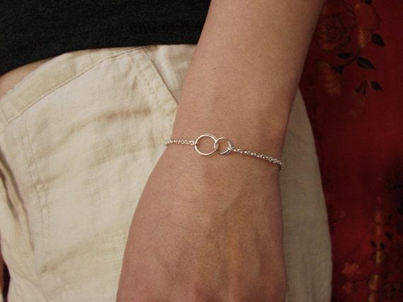 Best Friend Bracelet For 2 Friendship Interlocking Circles Charm Bracelet In Sterling Silver Gold Bridesmaid Gift Holiday Gift Bracelet by Etsy