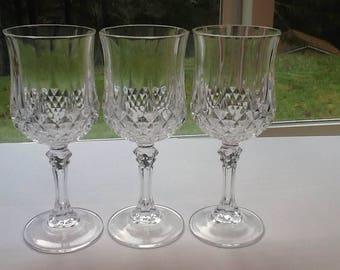 Three Beautiful Longchamps Clear Wine Glasses Cristal D'Arques Durand