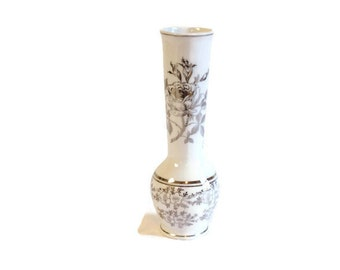 Vintage white floral Klassischer Stil 25th Wedding Anniversary Vase