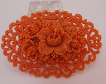 40s Celluloid Coral  Oval Flowers Brooche Lovely
