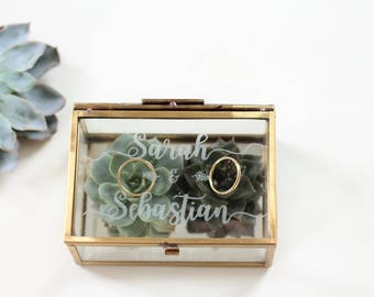 Personalized ring box with glass engraving in gold or silver | Wedding Party | Anniversary |