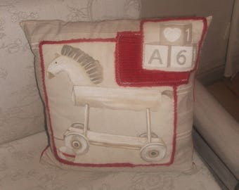 """Country chic """"toys of yesteryear 3"""" pillow cover red, white and beige 40 by 40cm"""