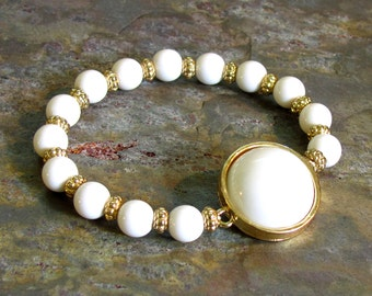 White Stretch Bracelet ~ Recycled Beads ~ White Plastic and Gold Accent Beads ~ Light Summer Bracelet