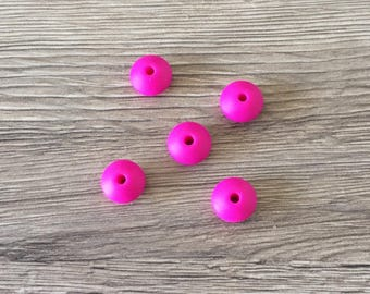 Set of 5 flat beads 12mm - FUSCHIA silicone