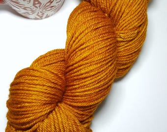"GINGERBREAD Worsted 100% Merino Non Superwash "" Perfect for hats, sweaters, mittens, cowls-all your Fall or Holiday projects. So cozy & warm"