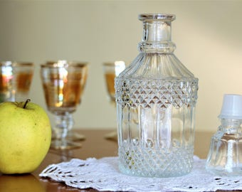Liquor Glass Decanter - Vintage Decanter and Stopper - Glass Carafe - Liquor Bottle - Vintage Barware - Bar Decor - Gift for Him