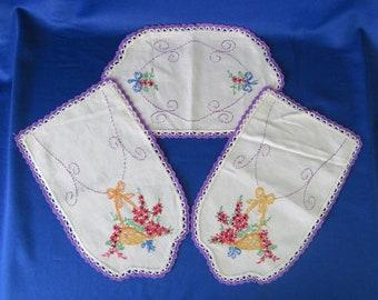 Hand Embroidered Floral Dresser Set