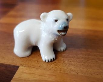 Wade Whimsie Polar Bear Cub From Set Six Polar Animals Issued 1956 - 59