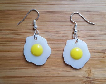 Frying pan earrings fried egg earrings quirky gift for her quirky fried egg earrings quirky gift for her kawaii food earrings quirky christmas gift gifts for foodies pastel goth earrings negle Choice Image