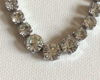 Graduated necklace. Vintage. Wedding. Brides. Bridesmaid. Party. Prom.