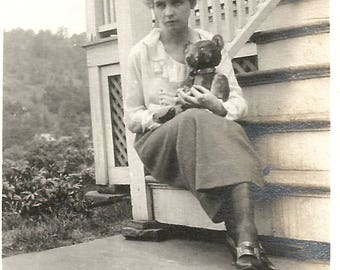 "Vintage Photo ""When No One Else Will Listen"" Teddy Bear Sad Woman Found Vernacular Photo"