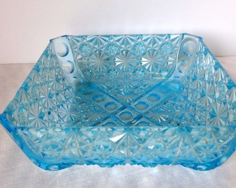 Aqua Glass Serving Bowl Star Motif Home and Garden Kitchen and Dining Serveware Tableware Bowls