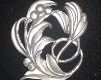 Vintage SEAGULL PEWTER Brooch Dated 1988 Canada Plant or Flower Motif Design
