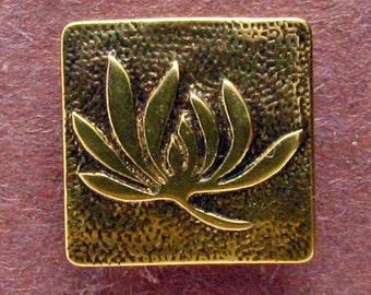 Lotus Design Shank Button