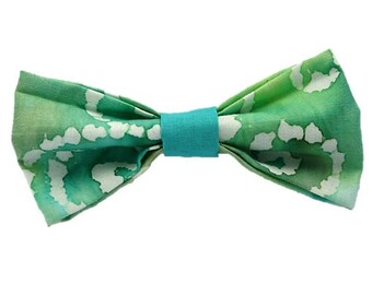 Jade Watercolor dog bow-tie|Unique polka dot|Hipster|Gifts for dogs and dog lovers
