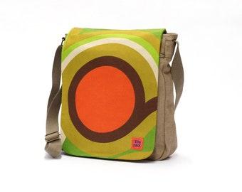 Vida - Vintage Fabric Upcycled Canvas Bag - Messenger Bag - Retro Crossbody Bag by EllaOsix