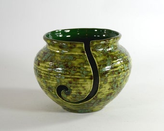 Ceramic Yarn Bowl Pottery Style Pagoda Green