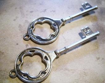 Large Keys Skeleton Keys Key Pendants Flower Keys Flower Power Big Keys Silver Keys Key Charms Wedding Keys 77mm 2 pieces
