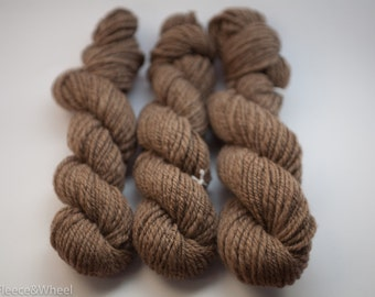 Hand Spun Yarn / Hand Spun Corriedale / Knitting Yarn / Undyed / Weaving Yarn / Bulky Yarn / Fibre Art Wool / Corriedale / Australian