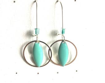 Earrings in silver plated brass and turquoise sequins