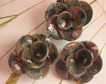 HARMONY BROWN POLYMER CLAY FLOWERS.