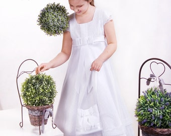 Short first communion dress in white with cotton lace