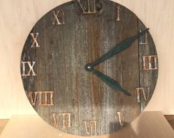 Reclaimed Rustic Barnwood Wall Clock 18 inch