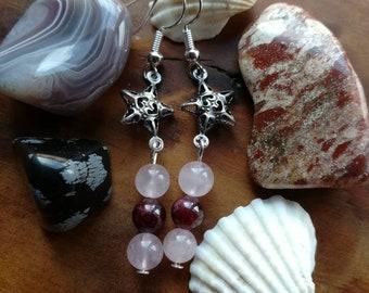 Love and heart garnet and rose quartz star earrings. Feminine energy, romance.