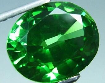 Tsavorite, Green Tsavorite of 7.65  carats, 11 mm by 9 mm by 6 mm, Oval brilliant faceted, Tsavorite gemstone