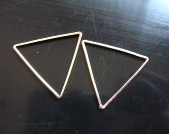 25 mm TRIANGLE Link Pendant Charm, 1 inch / 10-50 pcs / Silver or Gold Plated Brass Links / geometric geo modern minimal designer to