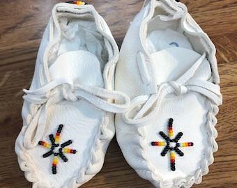 Baby moccasins/ Booties: Native American Navajo handmade Baby moccasins