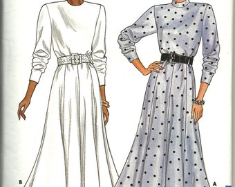 Butterick 4324     Misses Dress with Gored Skirt   Size 8,10
