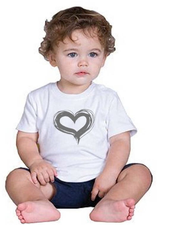 Girl/Baby t-shirt or body HEART in various colors